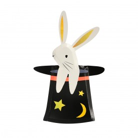 8 PLATES - BUNNY IN HAT