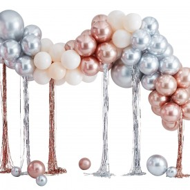BALLON ARCH WITH STREAMERS - MIXED METALLICS